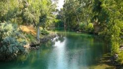 პირველად წყალი მაშინ იკურთხა, როცა მაცხოვარმა იორდანეში ნათელიღო