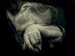 გარდაცვლილი წინაპრები გვიყვარს, ცოცხლებს კი უბრალოდ და უანგარიშოდ ვტკენთ გულს