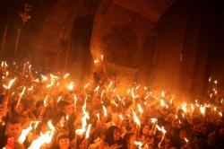 წმინდა ცეცხლს იერუსალიმიდან საქართველოში დღეს, 23:30 საათზე ჩამოიტანენ