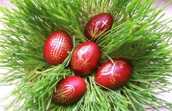 წითელი კვერცხი, პასქა და არტოსი