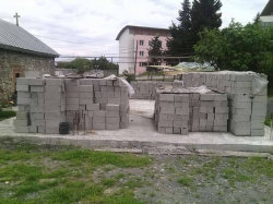 სოფელ გავაზში წინდა ტრიფონის ტაძრის მშენებლობას დახმარება სჭირდება