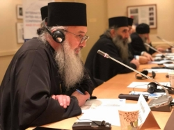 რუსთავი 2 – წმინდა სინოდის წევრები უცხოელ დიპლომატებს რუსულ საფრთხეებზე ესაუბრნენ