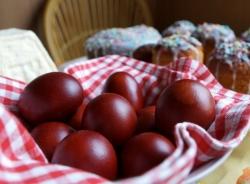 საიდან მოდის სააღდგომოდ კვერცხის წითლად შეღებვის ტრადიცია