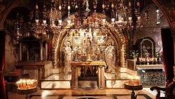 """"""" ქრისტეს საფლავი წარმოადგენს პატარა ეკლესიას, დიდს ტაძარში მდებარესა. ბერძნები უწოდებენ ამ ცხოველსმყოფელ საფლავსა უფლისასა """"წმინდა კუვუკლიად"""""""