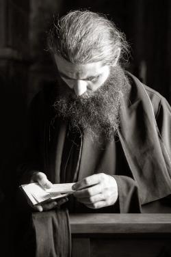 ნურაფერს იტყვი, ვიდრე მოუკლებელი ლოცვით არ დაგიმშვიდდება გული