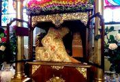 წმინდა ათანასეს ლუსკუმიდან საკვირველი კეთილსურნელება წარმოდინდა და აავსო ტაძარი
