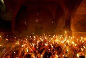 მაცხოვრის საფლავზე წმინდა ცეცხლი გადმოვიდა