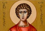 სინი, რომელზეც წმინდა პანტელეიმონის თავი იყო დასვენებული, სავსე იყო მირონით